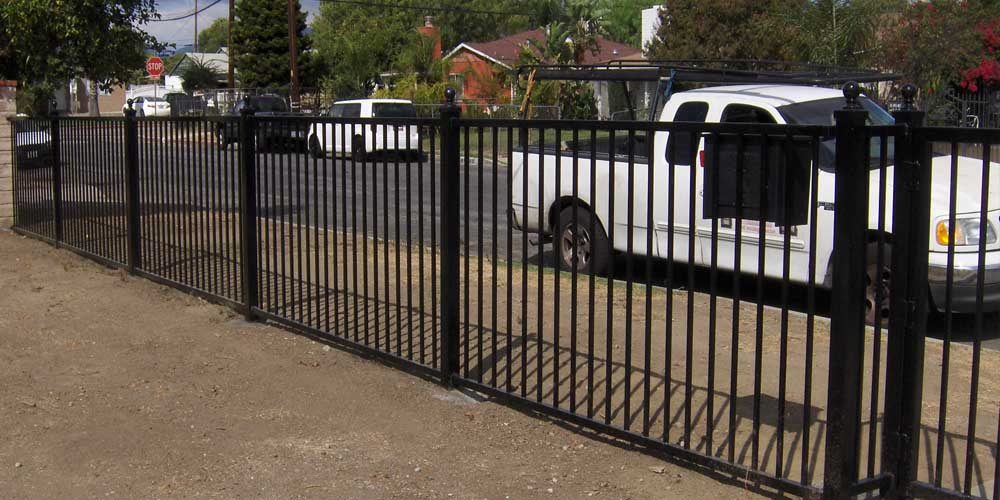 LA Gen Steel Fence 10