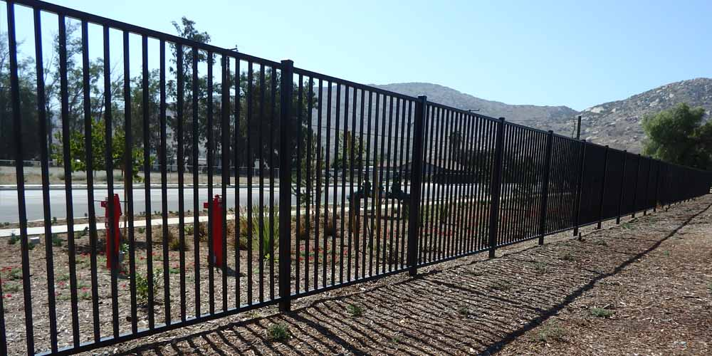 LA Gen Steel Fence 2