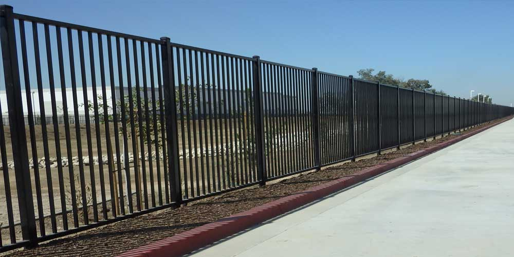 LA Gen Steel Fence 20
