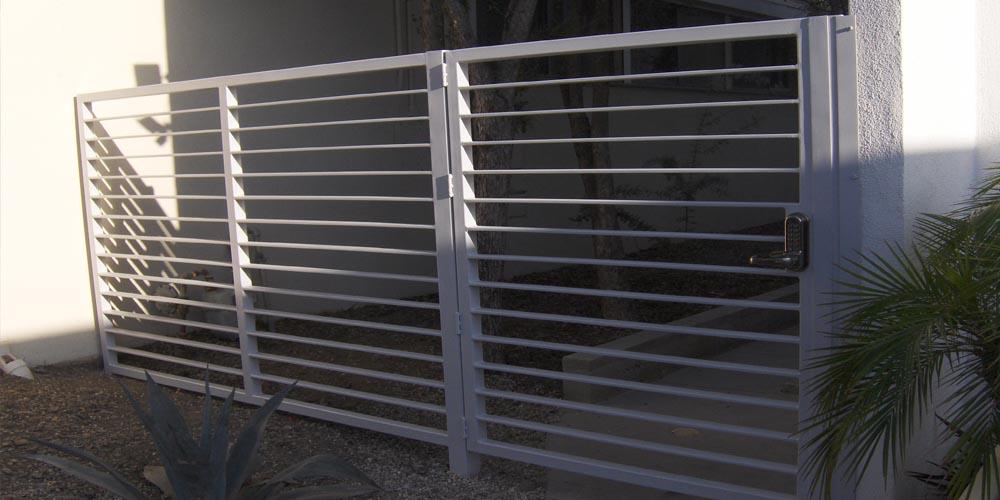 LA Gen Steel Fence 4