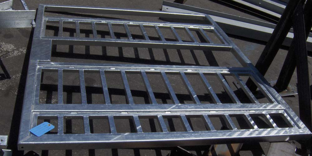 LA Gen Steel Galvanized 4